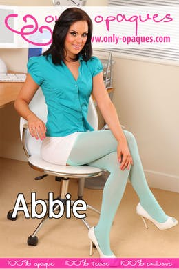 Abbie at Only-Opaques